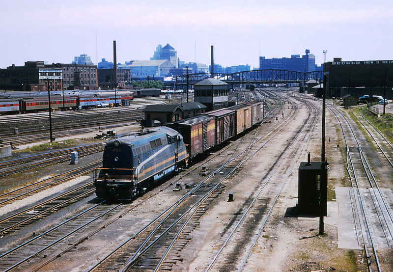 TRRA 55 - May 30 1957 - C&EI No 200 from Jefferson Ave Viaduct St Louis MO