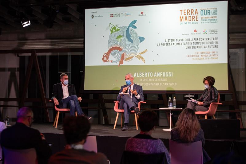Conferenza / Sistemi territoriali per il contrasto alla povertà alimentare