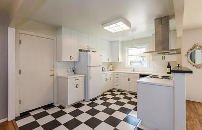 DSC_1603_kitchen