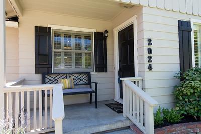 DSC_1663_porch