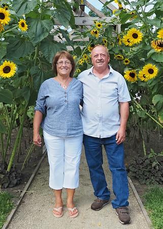 Sandy Roger Sunflowers Vertical 5x7