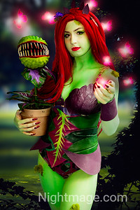 Poison Ivy Cosplay at Terrificon  Cosplayer : https://www.instagram.com/katenadiacosplay/ Photographer and Editor : https://www.instagram.com/nightmage80/