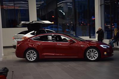 Tesla SF