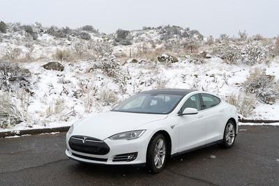 Tesla snow 00521