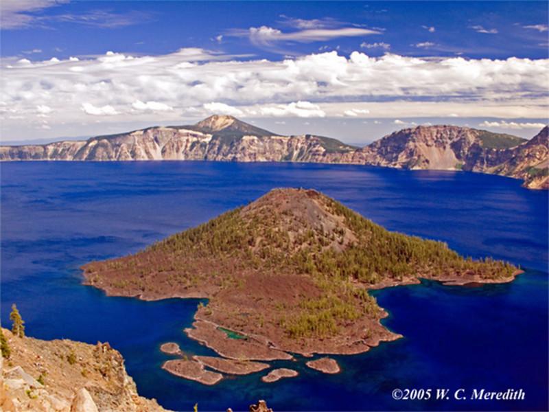 Wizard-Island-Crater-Lake