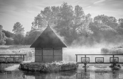 Eel Hut, River Test at Longstock