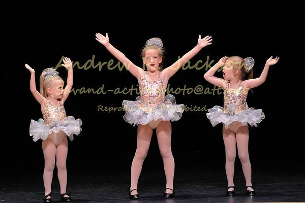 6-13-14 Savannah's dance recital @ Si Dance