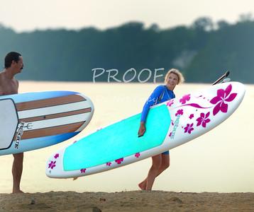 DSC_8198-jamestown beach surfer