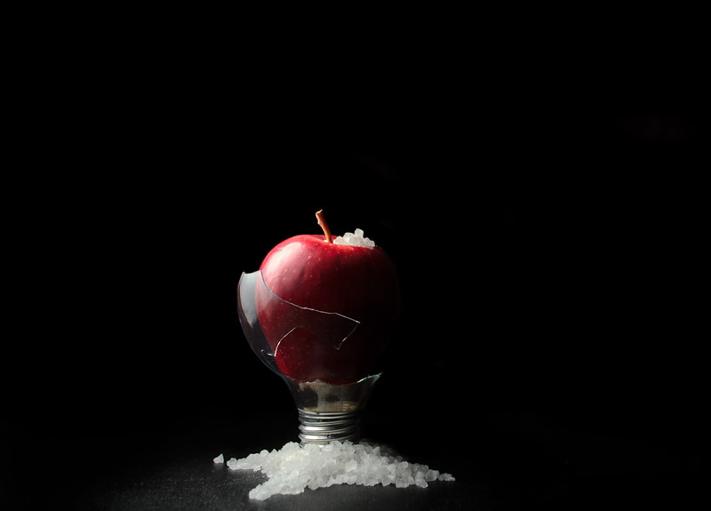 snow...glass...apples...