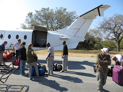 Boarding the plane that will take us out to the Okavanga Delta...