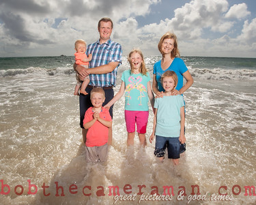 family beach photography - bob the camera man