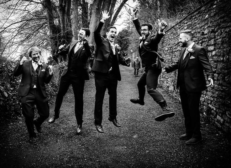 Jump up groom