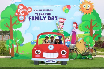 Tetra-Pak-Binh-Duong-Family-Day-instant-print-photobooth-Booth-02-Chup-anh-in-hinh-lay-lien-Ngay-hoi-Gia-dinh-WefieBox-Photobooth-Vietnam-081