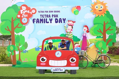 Tetra-Pak-Binh-Duong-Family-Day-instant-print-photobooth-Booth-02-Chup-anh-in-hinh-lay-lien-Ngay-hoi-Gia-dinh-WefieBox-Photobooth-Vietnam-092