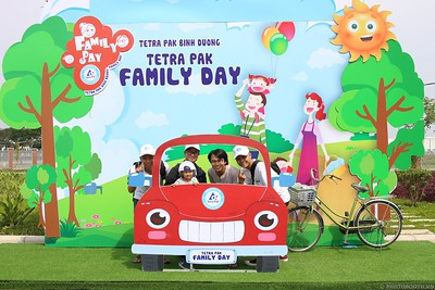Tetra-Pak-Binh-Duong-Family-Day-instant-print-photobooth-Booth-02-Chup-anh-in-hinh-lay-lien-Ngay-hoi-Gia-dinh-WefieBox-Photobooth-Vietnam-078