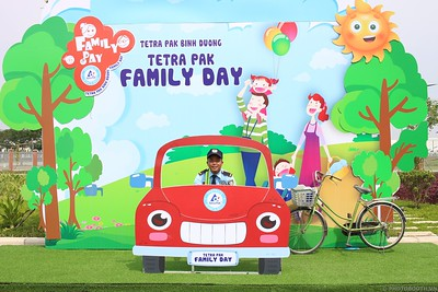 Tetra-Pak-Binh-Duong-Family-Day-instant-print-photobooth-Booth-02-Chup-anh-in-hinh-lay-lien-Ngay-hoi-Gia-dinh-WefieBox-Photobooth-Vietnam-085