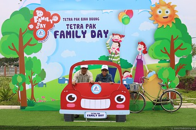 Tetra-Pak-Binh-Duong-Family-Day-instant-print-photobooth-Booth-02-Chup-anh-in-hinh-lay-lien-Ngay-hoi-Gia-dinh-WefieBox-Photobooth-Vietnam-099