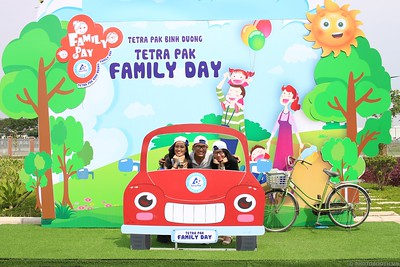 Tetra-Pak-Binh-Duong-Family-Day-instant-print-photobooth-Booth-02-Chup-anh-in-hinh-lay-lien-Ngay-hoi-Gia-dinh-WefieBox-Photobooth-Vietnam-082