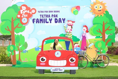 Tetra-Pak-Binh-Duong-Family-Day-instant-print-photobooth-Booth-02-Chup-anh-in-hinh-lay-lien-Ngay-hoi-Gia-dinh-WefieBox-Photobooth-Vietnam-084