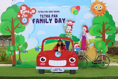Tetra-Pak-Binh-Duong-Family-Day-instant-print-photobooth-Booth-02-Chup-anh-in-hinh-lay-lien-Ngay-hoi-Gia-dinh-WefieBox-Photobooth-Vietnam-096