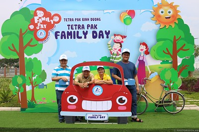Tetra-Pak-Binh-Duong-Family-Day-instant-print-photobooth-Booth-02-Chup-anh-in-hinh-lay-lien-Ngay-hoi-Gia-dinh-WefieBox-Photobooth-Vietnam-098