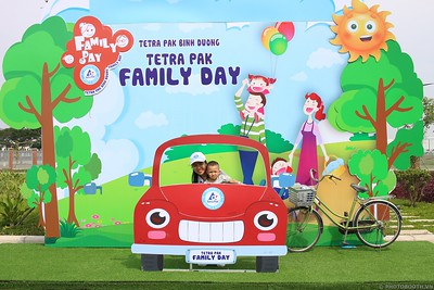 Tetra-Pak-Binh-Duong-Family-Day-instant-print-photobooth-Booth-02-Chup-anh-in-hinh-lay-lien-Ngay-hoi-Gia-dinh-WefieBox-Photobooth-Vietnam-076