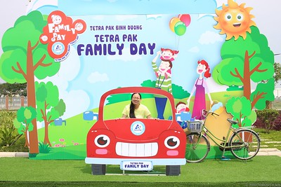 Tetra-Pak-Binh-Duong-Family-Day-instant-print-photobooth-Booth-02-Chup-anh-in-hinh-lay-lien-Ngay-hoi-Gia-dinh-WefieBox-Photobooth-Vietnam-083
