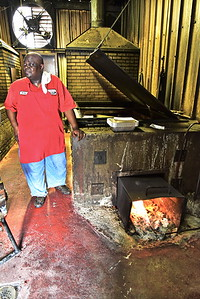 05202017_Schulenburg_City_Market_Barbecue__750_3549a