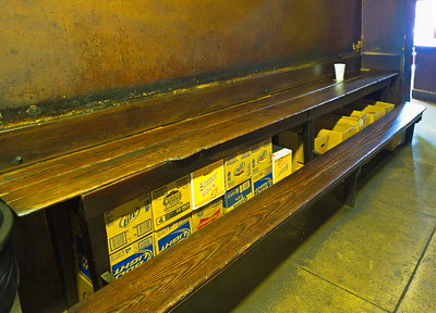 Smittys_Barbeque_Lockhart-TX_Bench_RAW9692