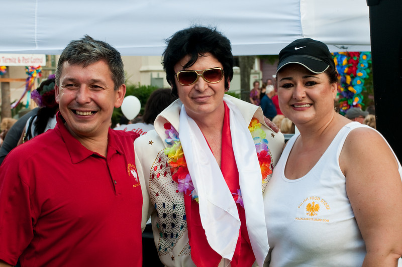 Polonia Resaurant owners Andrzej and Sharon Szpak with Elvis