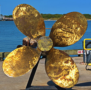 Galveston_Super-Moon_Museum_Propeller_D75_0971