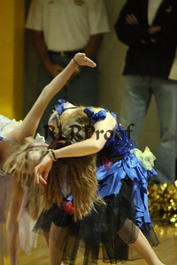 Jacket Dancers October 30, 2008 (17)