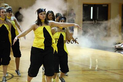 Jacket Dancers Sept 3, 2008 Pep Ralley (12)