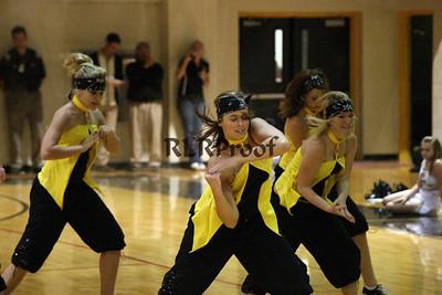 Jacket Dancers Sept 3, 2008 Pep Ralley (21)