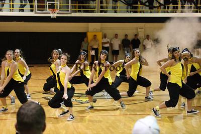 Jacket Dancers Sept 3, 2008 Pep Ralley (14)
