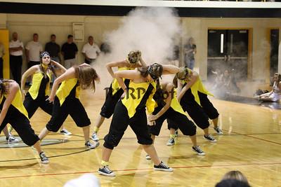 Jacket Dancers Sept 3, 2008 Pep Ralley (13)