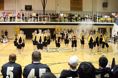 Jacket Dancers Sept 3, 2008 Pep Ralley (17)