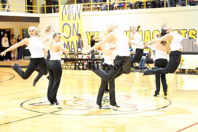 Jacket Dancers Halftime February 1, 2008 (12)