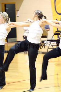Jacket Dancers Halftime February 1, 2008 (21)