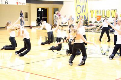 Jacket Dancers Halftime February 1, 2008 (33)