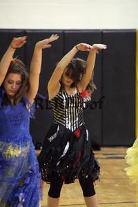 Cleburne Jacket Dancers Oct 30, 2009 (18)