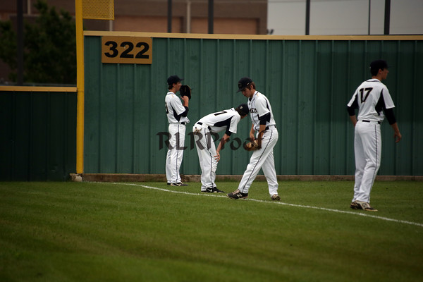 CHS v Arlington Heights Playoffs Rd 3 Gm 2 May 22, 2015 (3)