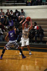 CHS v Everman Jan 27, 2015 (19)