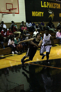 Cleburne vs Dallas Pinkston Nov 30, 2013 (16)
