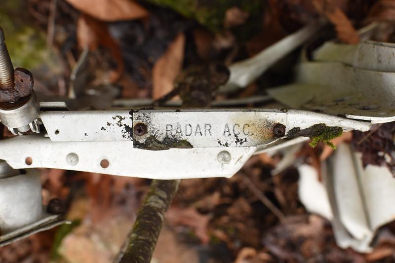 Tray for the radar accessory box.
