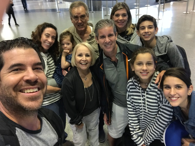 Impromptu family pic at Houston's airport