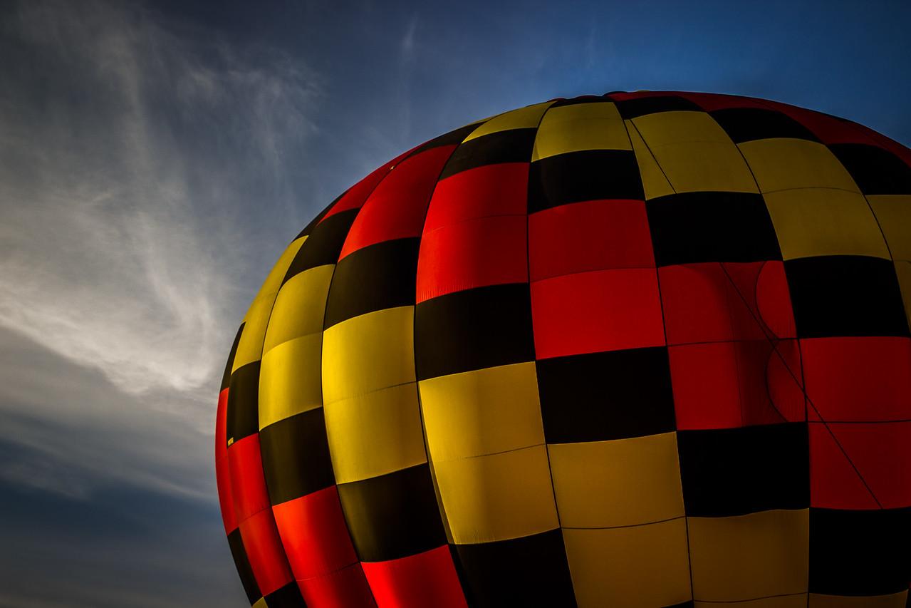 Balloon Contrast