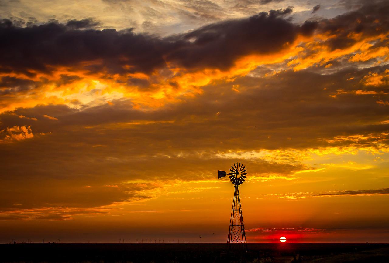 Sunrise near Claude, Texas. 9/02/15