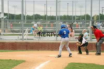 Dodgers vs Rio Vista White May 22, 2010 (139)