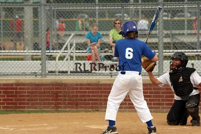 Dodgers vs Rio Vista White May 22, 2010 (152)